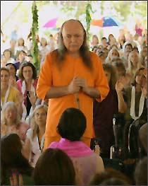 Avatar Adi Da with devotees